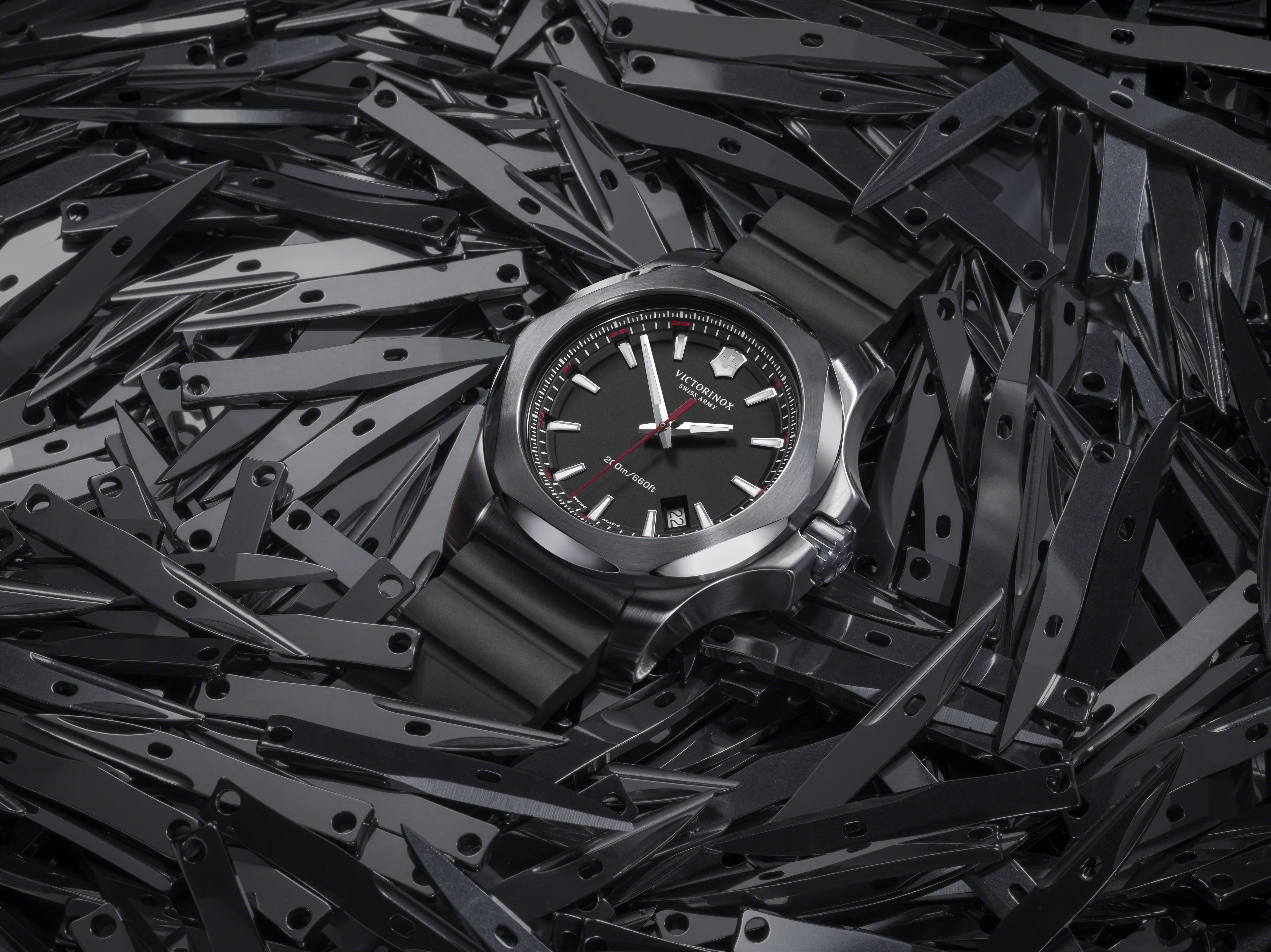 I.N.O.X: The new Victorinox watch